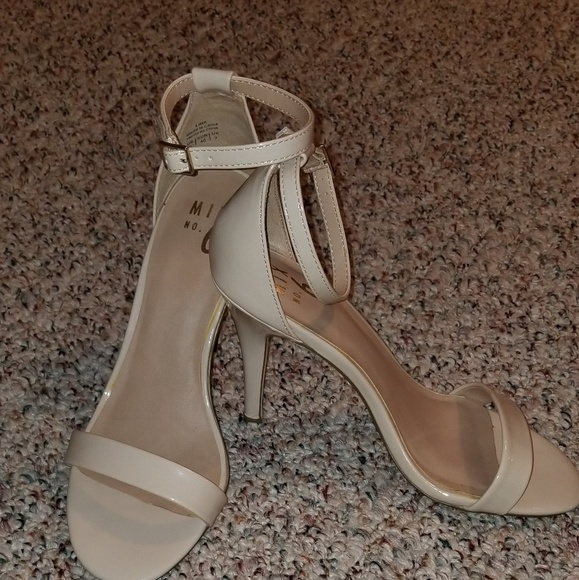 4e3b3216130a Mix no.6 Nude Ankle Strap Herls